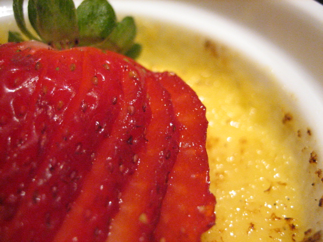 Brulee strawberry